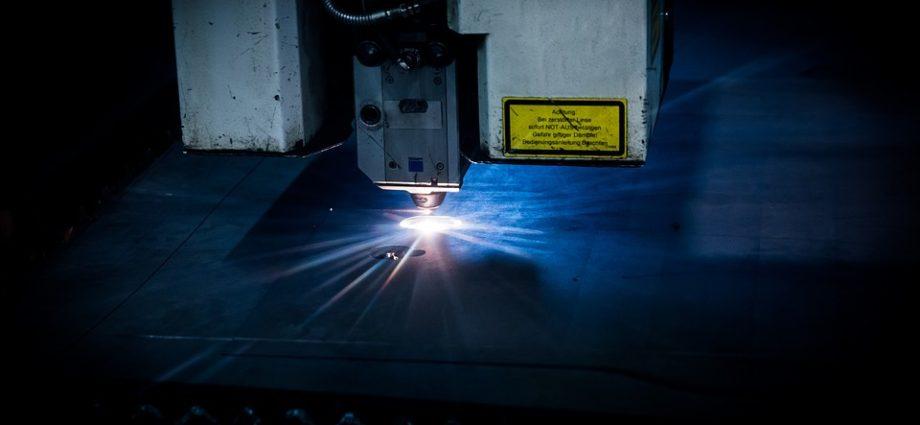 laser do cięcia metalu